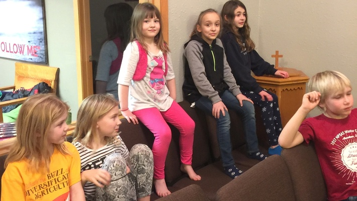 news_2018_centerUMC_girls